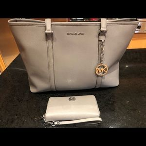 NWT Michael Kors Laptop Bag with Matching Wallet